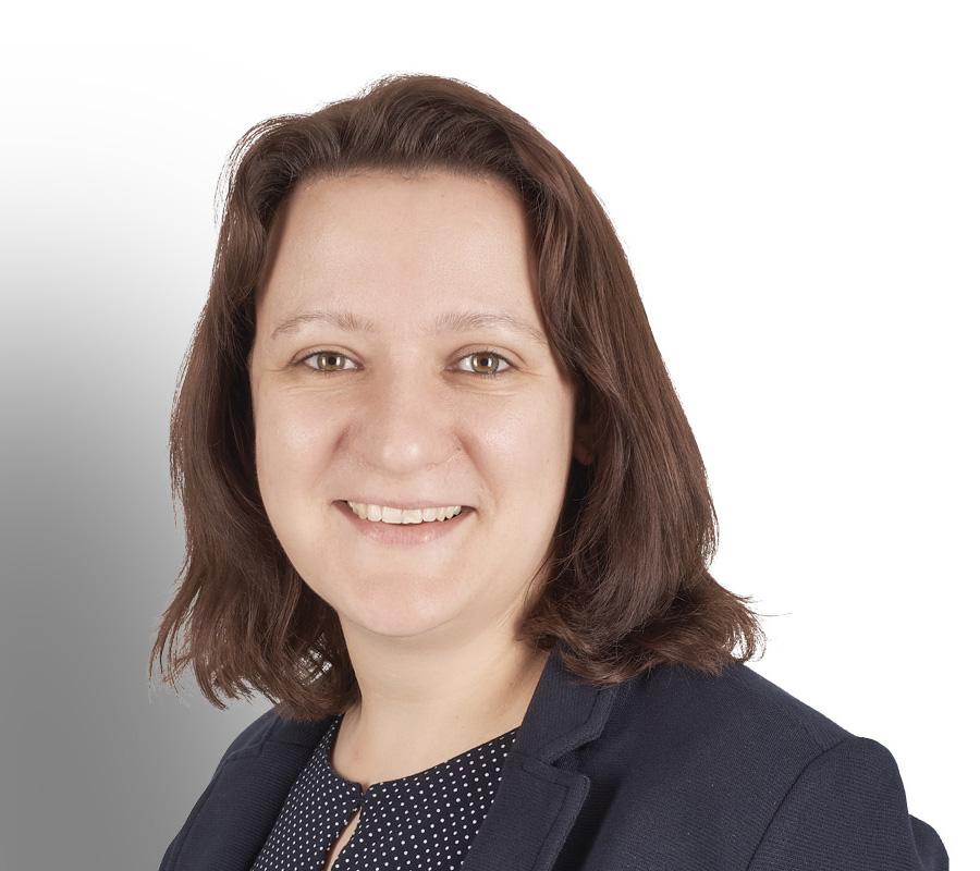 Sabrina Pund estecasa Elementbau